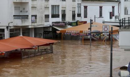Man missing following Algarve floods, many left homeless