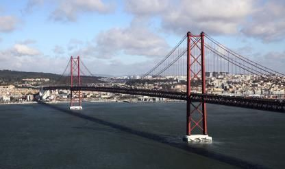 Work on Lisbon's 25 Abril Bridge to interrupt traffic on eight occasions