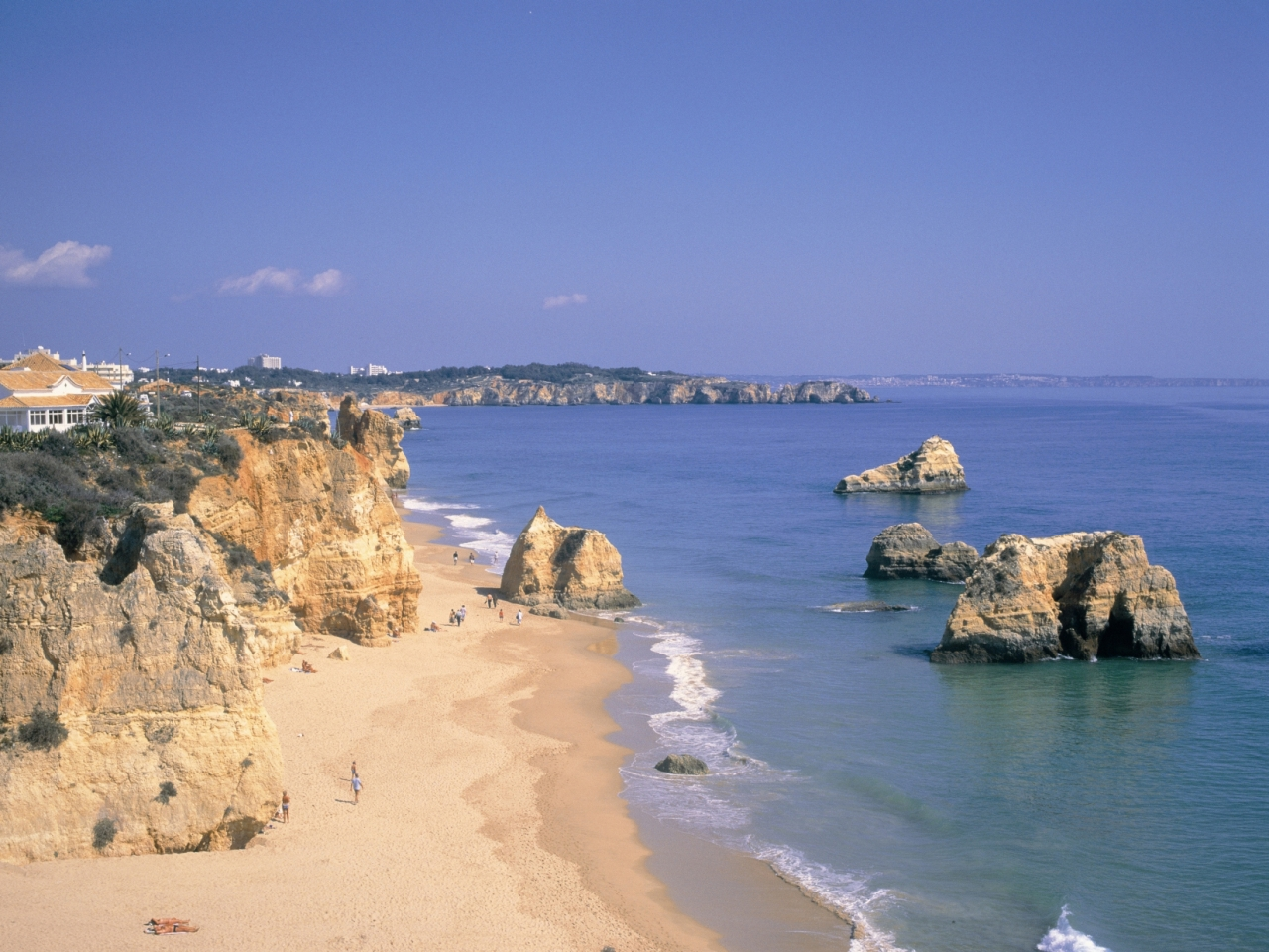 Algarve rated as cheapest destination in Europe