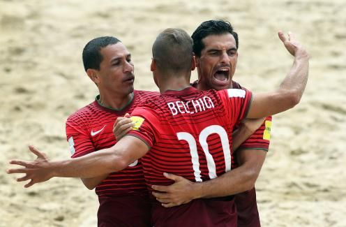 National team among favourites to win beach football league