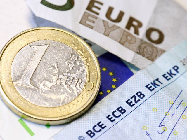 Budget deficit down to just over €2bn