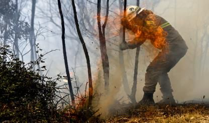 Eastern Algarve continues on maximum fire alert