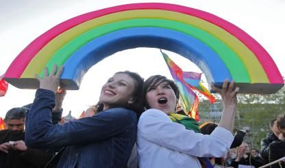 gay-lesbian-hate-crimes