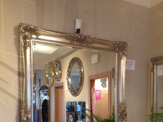 Home Decoration With Mirrors Is Back In A Big Big Way