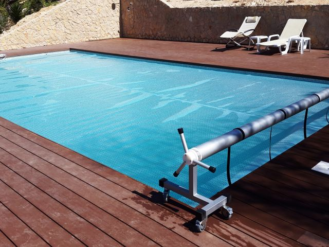 Solar Swimming Pool Covers The Portugal News
