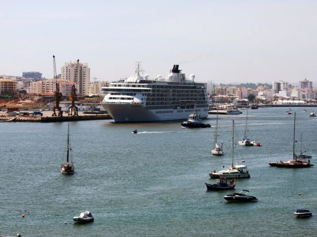 Portugal ports see record cruise passengers in 2017