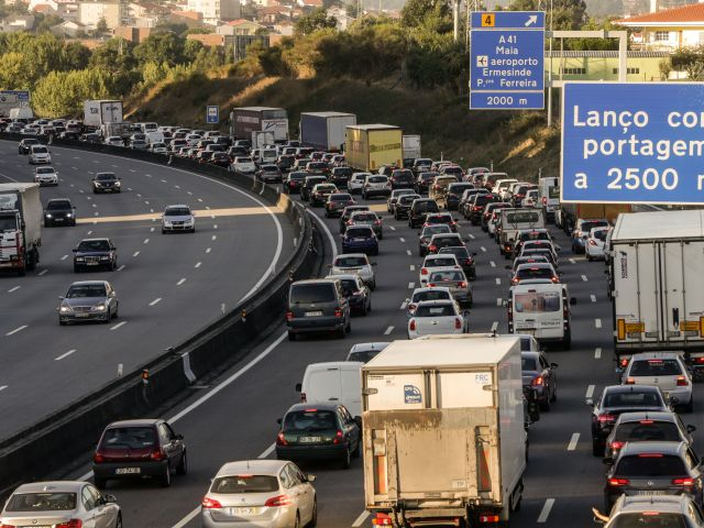 Carmakers accused of cheating Portuguese drivers to the tune of €1.6bn