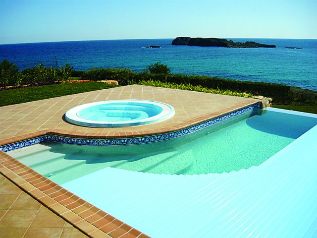 Pure Pools Automated Pool Covers