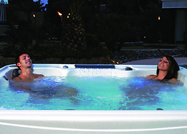 The Health Benefits of Hot Tubs, Spas and Jacuzzis