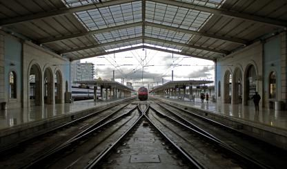 Around 90% join rail infrastructure strike