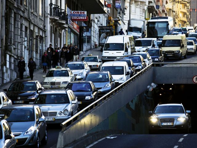 Portuguese Gov't asks emigrants driving home for Christmas to take extra care