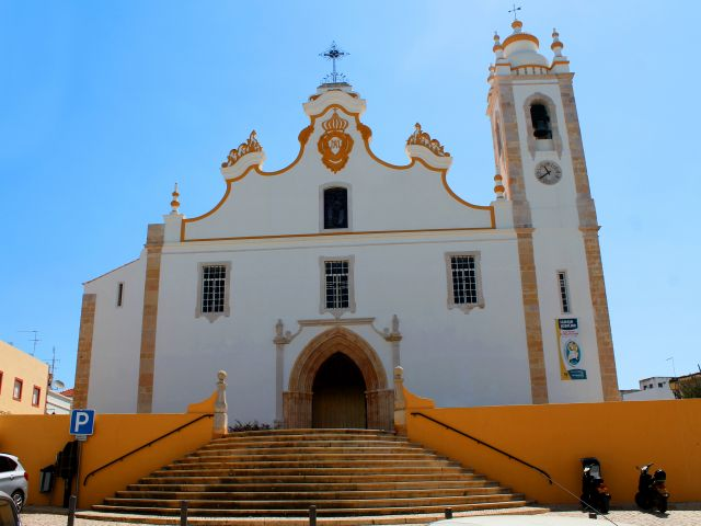 Improvement work planned for around Portimão's main church