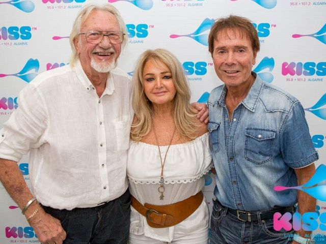 Solid Gold Sunday interviews Sir Cliff Richard and Bonnie Tyler