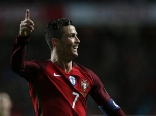 Impressive Portugal see off Hungary