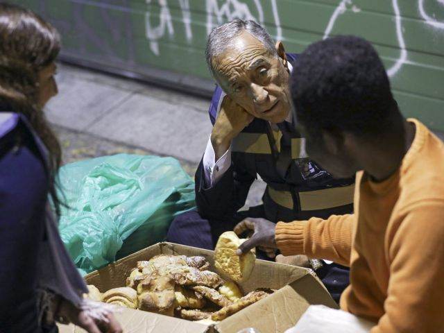 President Marcelo spends night helping homeless
