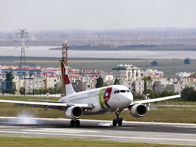 Pilots say Montijo runway is no alternative to Lisbon for long-haul flights