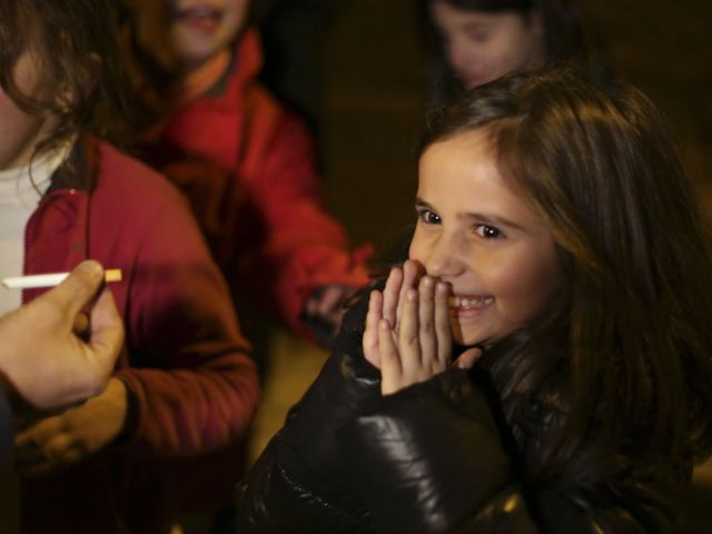 Children told to smoke during religious celebration in Portuguese village