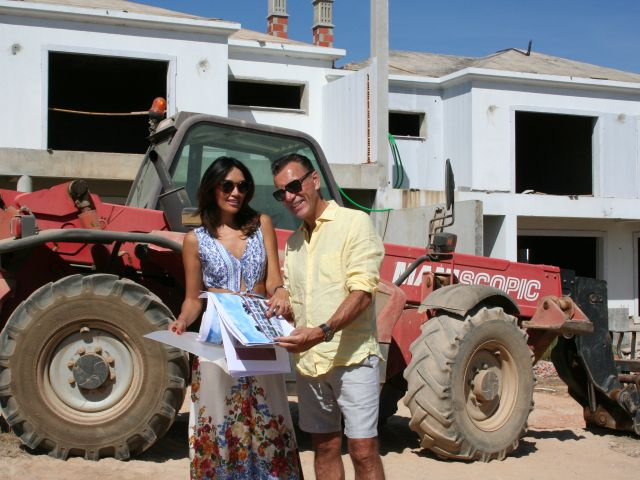 Dragon's Den star's Portuguese property development scoops top international award