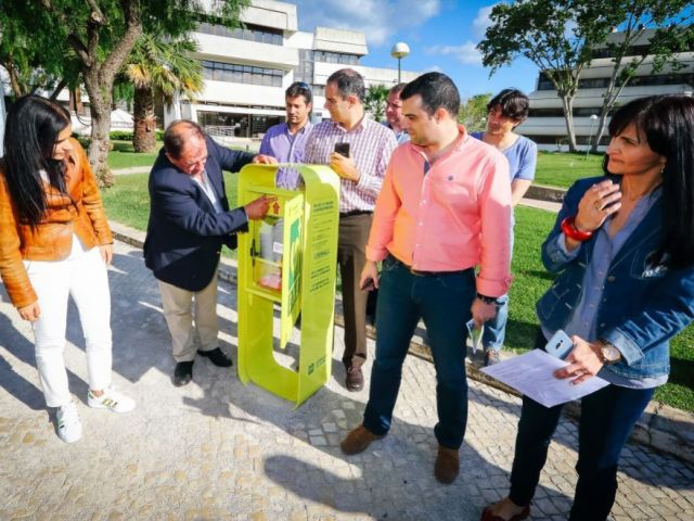 Albufeira becomes first Portuguese municipality to have public defibrillators