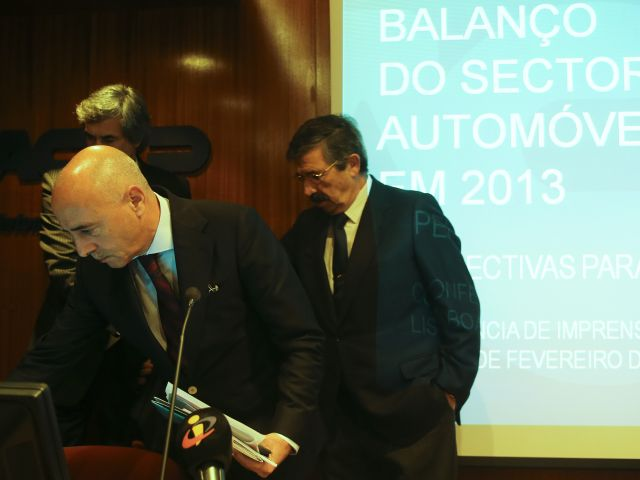 New car sales to rise four percent this year - The Portugal News