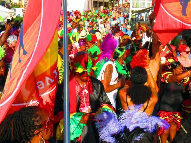 Soul in the Algarve carnival attracts masses to Alvor