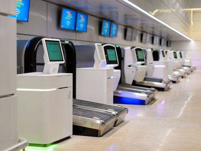Lisbon airport unveils new €11m self-check-in area