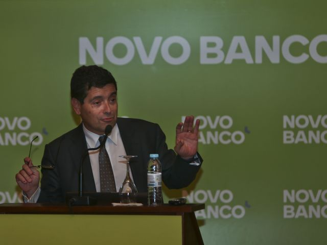 Novo Banco CEO 'does not rule out' need for fresh capital injection