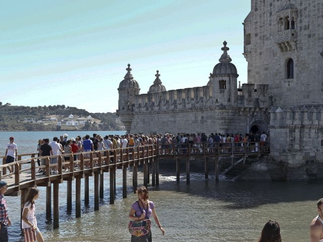 Portugal breaks foreign tourist record
