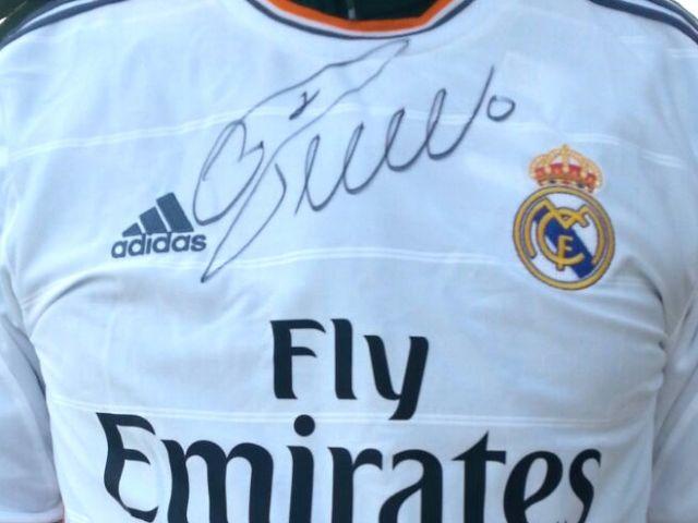 detailing ead0b cc0ea ronaldo signed jersey