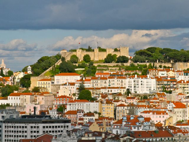 Over half of properties on Lisbon market sold within six months