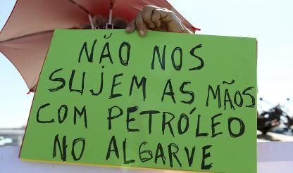 One thousand people take part in protest against Aljezur oil prospecting